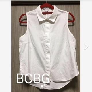 ビーシービージーマックスアズリア(BCBGMAXAZRIA)のBCBG ノースリーブシャツ(シャツ/ブラウス(半袖/袖なし))