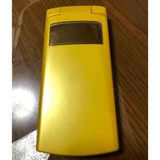 フジツウ(富士通)のFUJITSU au f001(携帯電話本体)