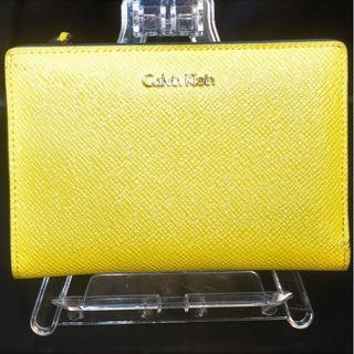 カルバンクライン(Calvin Klein)のカルバン クライン 両折り財布 二つ折り財布 イエロー(財布)