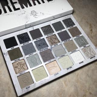 セフォラ(Sephora)のJeffree star  cremated eyeshadow palette(アイシャドウ)