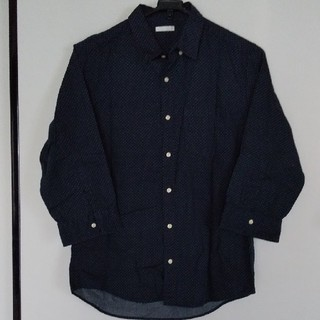 ユニクロ(UNIQLO)の【美品】ユニクロ  メンズシャツ(シャツ)