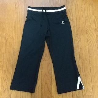 ゴールドウィン(GOLDWIN)のDANSKIN スポーツウェア フィットネス パンツ Mサイズ(トレーニング用品)