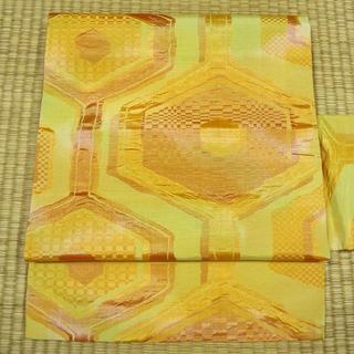 黄色の変わり織りに亀甲調 名古屋帯(帯)
