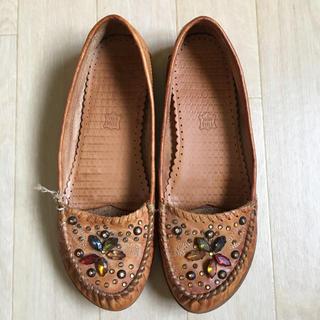 ローズバッド(ROSE BUD)のnana' ビジュー付き 革靴 モカシン(スリッポン/モカシン)