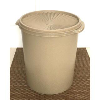 タッパーウェア マキシデコレーター(容器)