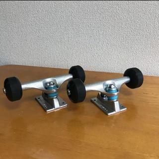 インディペンデント(INDEPENDENT)のスケートボード 足回りセット THREE WEATHER 7.75〜8.2インチ(スケートボード)