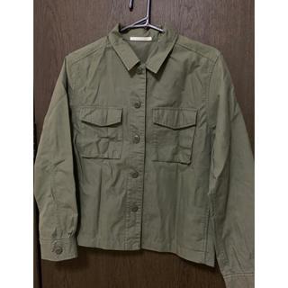 ユニクロ(UNIQLO)のミリタリーシャツジャケット(ミリタリージャケット)