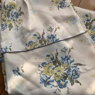 ベルメゾン(ベルメゾン)のエレガントなブルー花柄カーテン 1枚(カーテン)