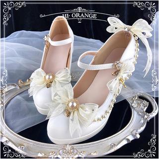高級感の漂うデザインで 可愛いフリル蝶々結び パンプス(靴/ブーツ)