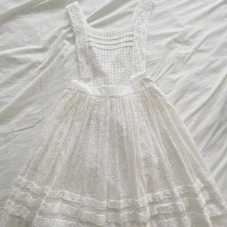ジェーンマープル(JaneMarple)のエプロン風スカート(ひざ丈スカート)