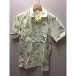デラックス(DELUXE)のDeluxe Clothing デラックス 半袖シャツ 総柄 R-M2753(シャツ)