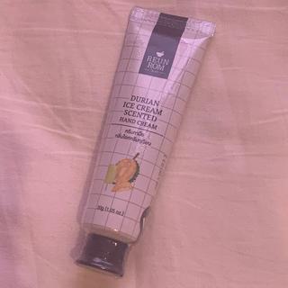ロクシタン(L'OCCITANE)の【新品未使用】REUN ROM ハンドクリーム ドリアンの香り(ハンドクリーム)