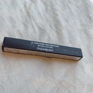 イヴサンローランボーテ(Yves Saint Laurent Beaute)のYves saint Laurent  お試しサイズ 香水  6番(ユニセックス)