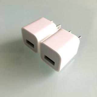 アップル(Apple)の【新品】iPhone ☆ 純正 USBアダプター (変圧器/アダプター)