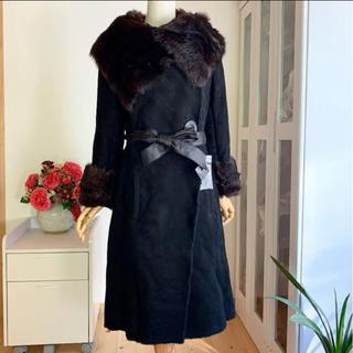 ドゥーズィエムクラス(DEUXIEME CLASSE)のマダムヒロコ 未使用 (羊革) 最高級トスカーナムートン コート  黒(毛皮/ファーコート)