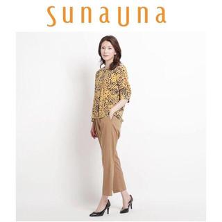 スーナウーナ(SunaUna)のM-今季新品sunauna スーナウーナ フラワーレオパード柄ブラウス(シャツ/ブラウス(半袖/袖なし))