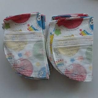 コストコ(コストコ)のコストコ ベビー 使い捨て 紙エプロン(お食事エプロン)