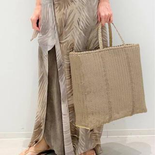 アパルトモンドゥーズィエムクラス(L'Appartement DEUXIEME CLASSE)のL'Appartement【PALOROSA】Flat Tote Bag (L)(かごバッグ/ストローバッグ)