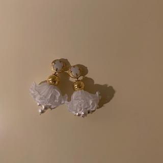 ザラ(ZARA)のイヤリング earring フリル レース 大ぶりイヤリング ハンドメイド(イヤリング)