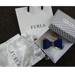 Furla - FURLA リボン型キーチャーム