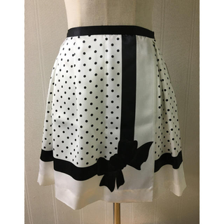 バービー(Barbie)の新品バービースカート Sサイズ(ひざ丈スカート)