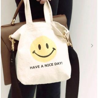 ドゥーズィエムクラス(DEUXIEME CLASSE)のDeuxieme classe SMILEY FACE  BAG  新品(ショルダーバッグ)