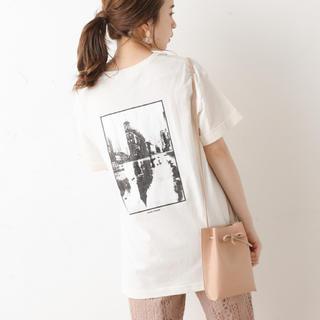 フーズフーチコ(who's who Chico)のフォトモノトーンT  オフホワイト 新品タグ付き(Tシャツ/カットソー(半袖/袖なし))