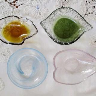 トウヨウササキガラス(東洋佐々木ガラス)の最終値下げ【バラ売り不可】ガラスの小鉢・小皿・小付4客セット(食器)
