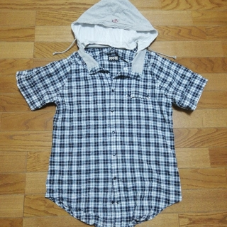 ピーピーエフエム(PPFM)の【訳あり】PPFM フード付きチェックシャツ M メンズ(シャツ)