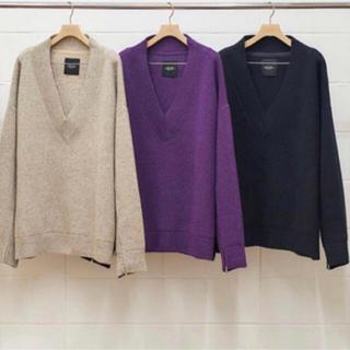 アンユーズド(UNUSED)のUNUSED V-neck knit アンユーズド サイズ2(ニット/セーター)