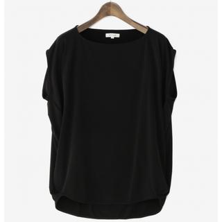 プラステ(PLST)のプラステ ノースリーブドレープブラウス ブラック M(シャツ/ブラウス(半袖/袖なし))