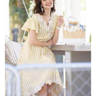 ハニーミーハニー(Honey mi Honey)の新品タグ付き‼️チェスティ☆ 刺繍セットアップ(ひざ丈ワンピース)