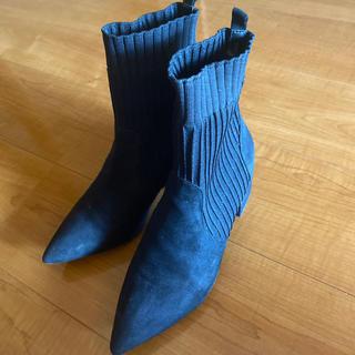 フォーエバートゥエンティーワン(FOREVER 21)のforever21 ショートブーツ Lサイズ ブラック(ブーツ)