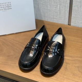 マルタンマルジェラ(Maison Martin Margiela)のメゾンマルジェラ パンプス ローファー(ローファー/革靴)