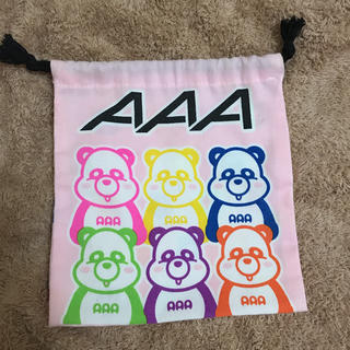 トリプルエー(AAA)の【美品】AAA巾着/え〜パンダ巾着(ポーチ)