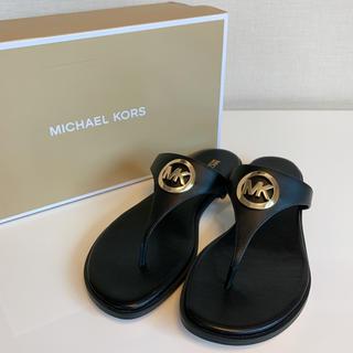 マイケルコース(Michael Kors)の【新品】マイケルコース ロゴ サンダル ブラック 7(サンダル)