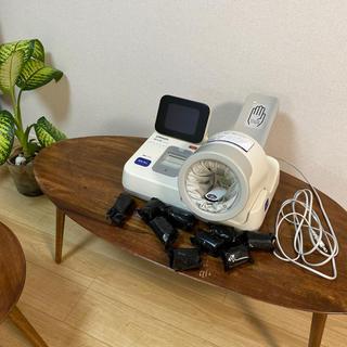オムロン(OMRON)の全自動血圧計 健太郎 HBP-9021(その他)