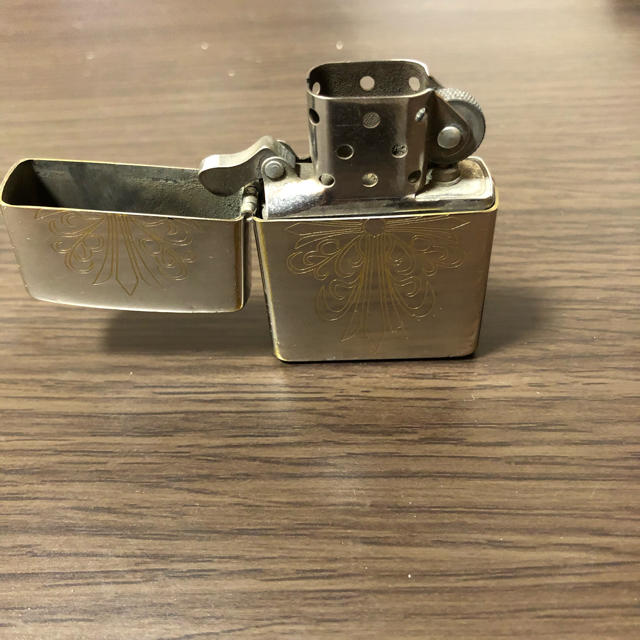 ZIPPO(ジッポー)のクロス zippo 十字架 メンズのファッション小物(タバコグッズ)の商品写真