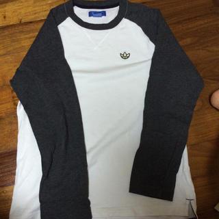 アディダス(adidas)のadidas長袖Tシャツ(Tシャツ/カットソー(七分/長袖))