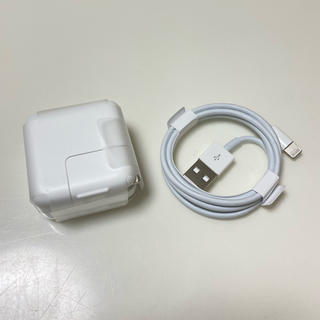 アップル(Apple)のiPad mini 充電器 ケーブル Apple(バッテリー/充電器)