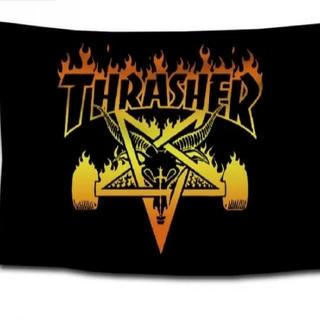 スラッシャー(THRASHER)の新品、未使用 スラッシャー THRASHER タペストリー フラッグ 2(スケートボード)