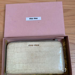 ミュウミュウ(miumiu)のmiumiu 長財布(長財布)