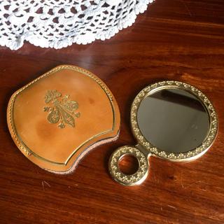 グリモワール(Grimoire)のイタリア製ミニ手鏡 牛革 カバー付き(ミラー)