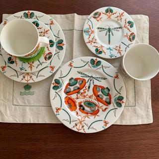 イッタラ(iittala)の《廃盤品》イッタラ コレント オレンジ カップ&ソーサー22センチプレート ペア(食器)