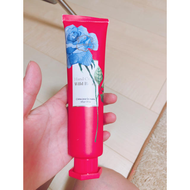 Laline(ラリン)のハンドクリーム コスメ/美容のボディケア(ハンドクリーム)の商品写真