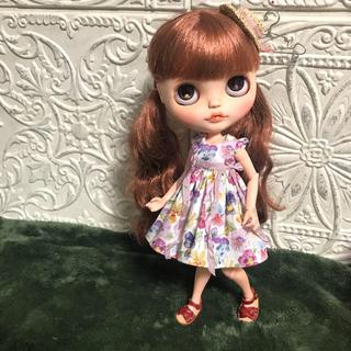 小さな袖のワンピース 54(人形)