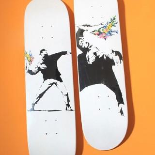 メディコムトイ(MEDICOM TOY)の新品 banksy スケートボード 2枚(スケートボード)