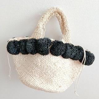 プラージュ(Plage)のポンポンかごバッグ 北欧 北欧雑貨 韓国雑貨 ナチュラル カゴバッグ (かごバッグ/ストローバッグ)