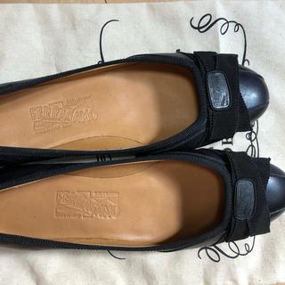 フェラガモ(Ferragamo)のフェラガモ バレエ シューズ 靴(バレエシューズ)