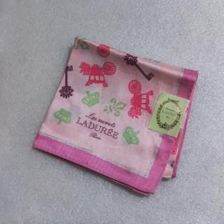 ラデュレ(LADUREE)の値下げ📌ラデュレ☆シルク53%大判ハンカチーフ58×58(ハンカチ)